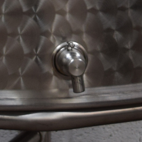 Stainless steel food safe vessels